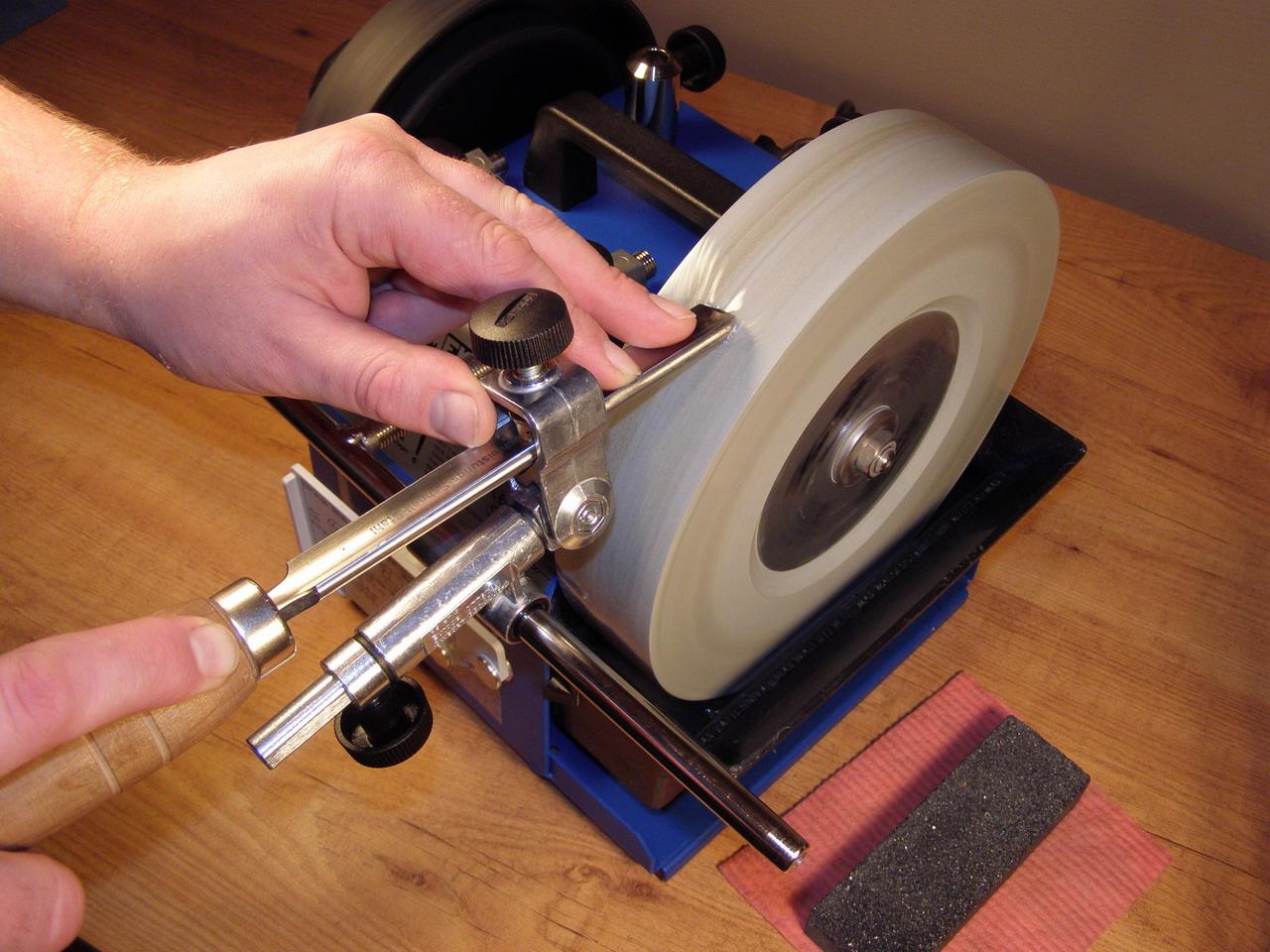 Что можно сделать из старой машинки для стрижки волос своими руками